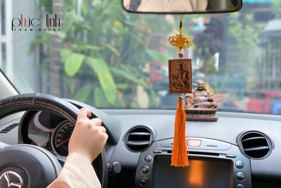 day-treo-xe-o-to-tuong-phat-tram-huong (6)