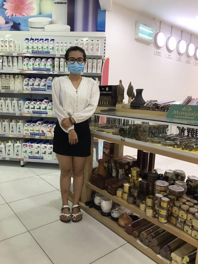 Cửa hàng bán Nhang Nụ Trầm Hương tại Nha Trang ở đâu uy tín - Quầy hàng trong siêu thị Vinmart tầng 2 - TTTM Vincom Trần Phú Nha Trang.