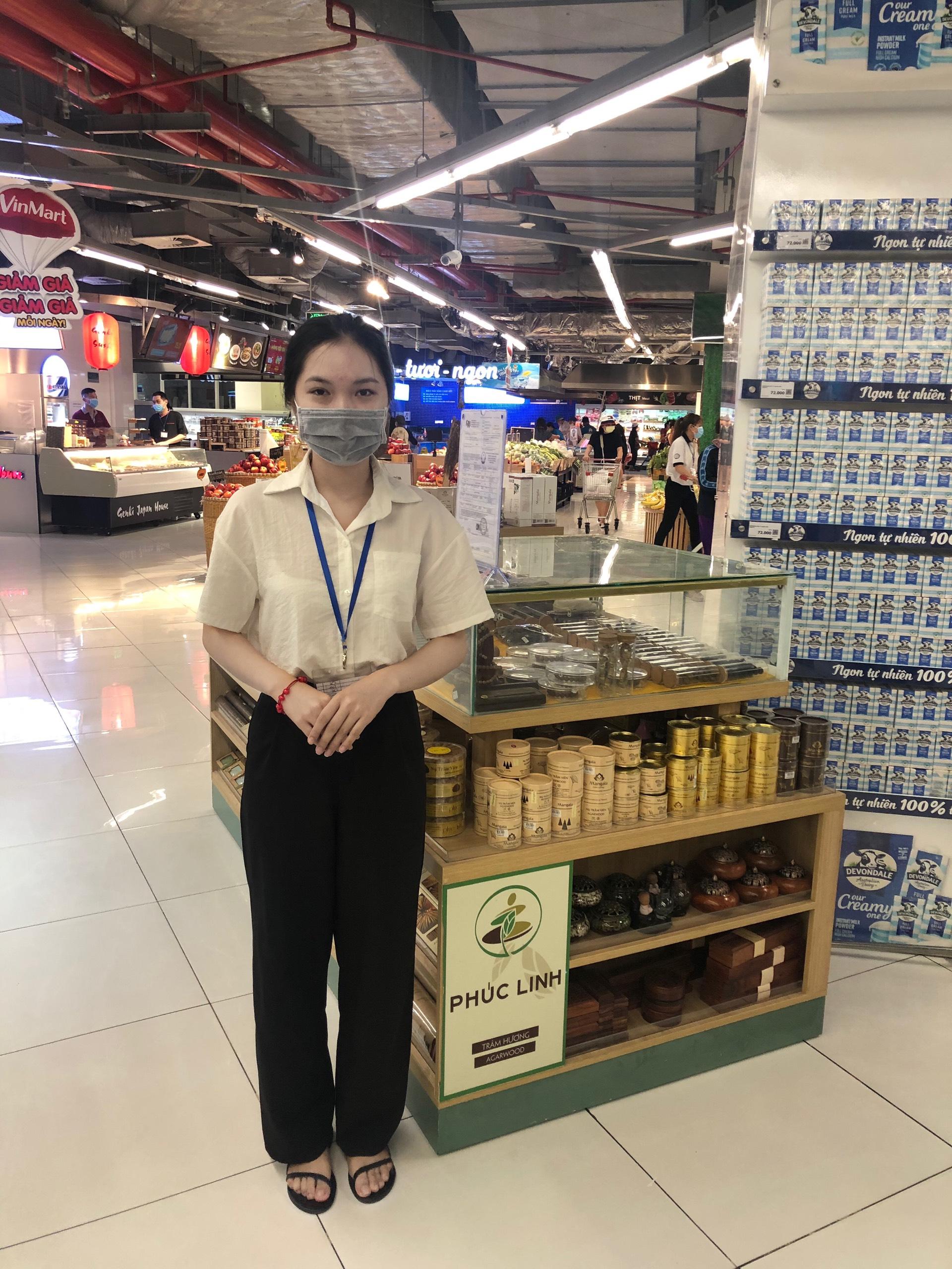 Cửa hàng bán Vòng Trầm Hương Tp. Hồ Chí Minh - Quầy Vinmart trong TTTM Vincom Hồ Chí Minh